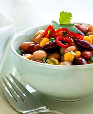 medditeranean bean salad: Healthy!