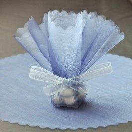 Tulle circles are great to be used for bomboniere. Customize the look even further with your choice of ribbon to tie these lovely tulle circles up!