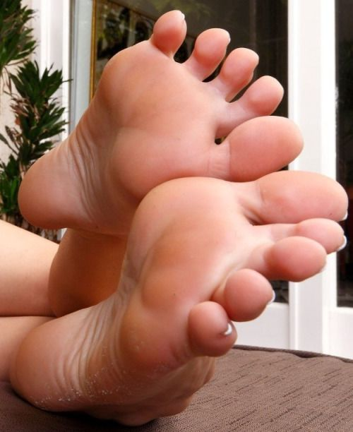 Not absolutely Sexy high arched feet are