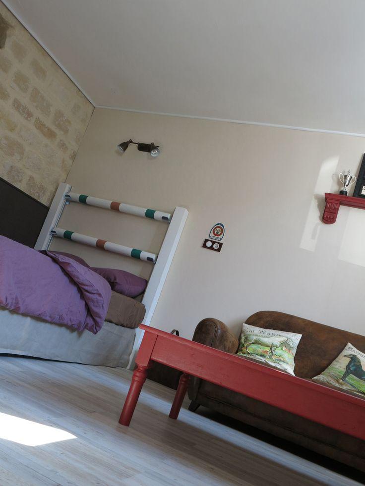 rideau chambre fille cheval avec des id es int ressantes pour la conception de la. Black Bedroom Furniture Sets. Home Design Ideas