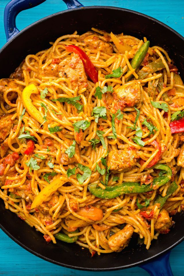 how to make sweet chilli chicken pasta