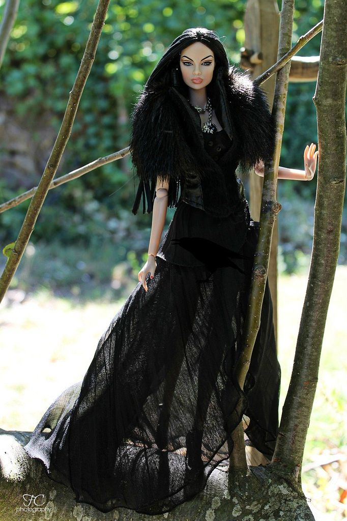 https://flic.kr/p/L8sLie | Black witch... | Model: Eugenia A Touch Of Frost ooak…