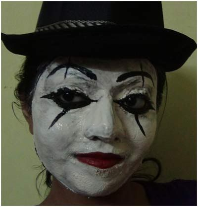 dramatic face makeup   ... makeup.Actual stage mime face makeup is done with white face paints