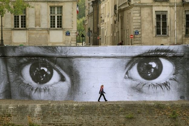 Paris - from 50 Jaw-Dropping Examples Of Street Art From Around The World