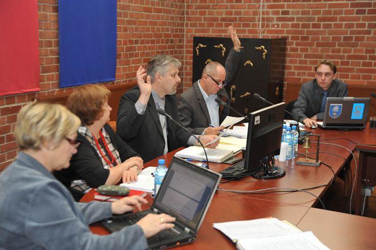 5 września, w piątek, w sali narad usteckiego ratusza, odbędzie się nadzwyczajna sesja rady miasta. #Ustka24Info