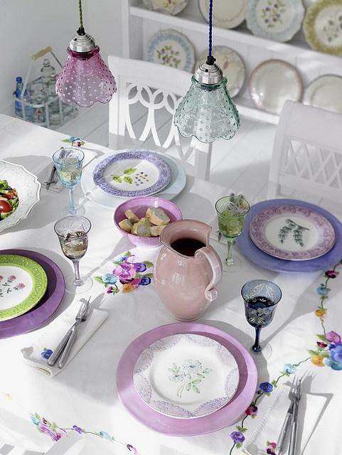 lovely lavender table setting...