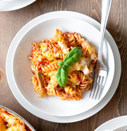 Quorn Beef Strips Pasta Bake 10-15 min to Cook