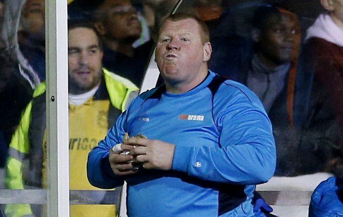 Shaw stapt op bij Sutton United na eten pasteitje tegen Arsenal - AD