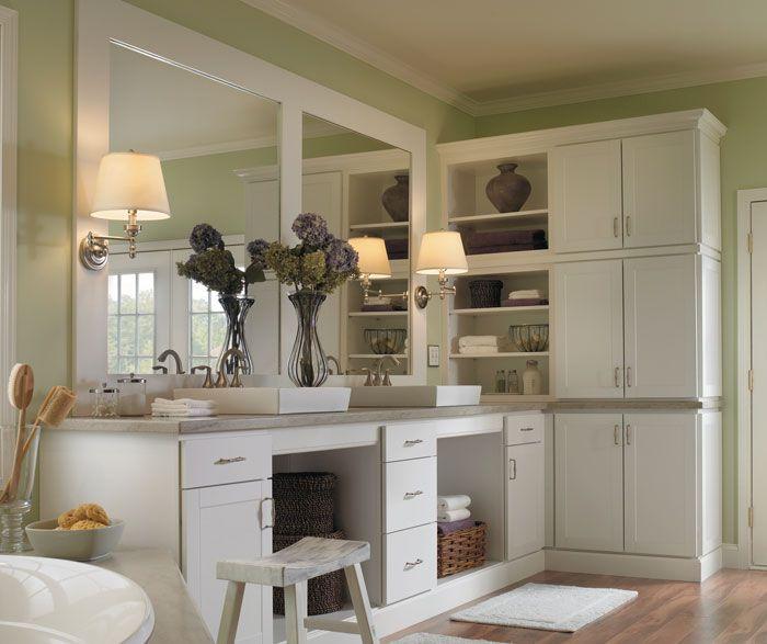 Nations Cabinetry Maple Dusk Kitchen: Brellin Door In White - Aristokraft