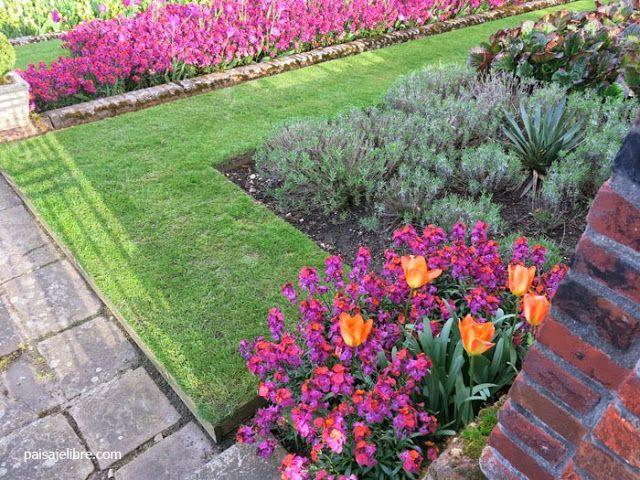 Como Combinar Colores En El Jardin Teoria Del Color Paisaje Libre Jardines Como Combinar Colores Plantas Jardin