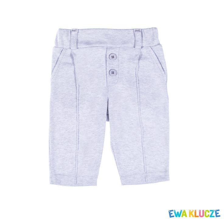 EWA KLUCZE, kolekcja ELEGANT, chrzest, szare spodenki dla chłopczyka, ubranka dla dzieci, EWA KLUCZE, ELEGANT collection, grey baby boy trousers, baby clothes