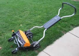 If you're looking for a more cost- and eco-efficient alternative to your gas-powered lawn mower, you can either go for an electric mower with reduced carbon imprint in the atmosphere, or go for a reel mower whose carbon emissions total to zero.
