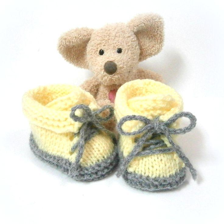 Chaussons bébé faits main jaunes et gris petites chaussures 0/3 mois Tricotmuse : Mode Bébé par tricotmuse