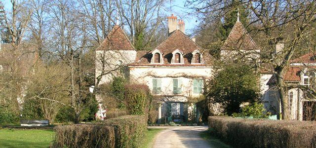 Le plus beau village du monde : Bèze (21310)