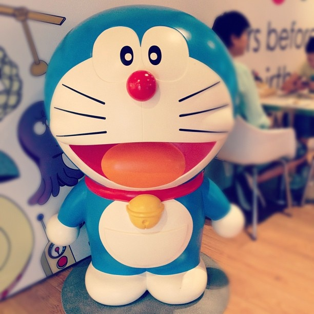 ssssssssss #harbour #city #kowloon #hongkong #doraemon #ding #dong #love #blue #monday #afternoon #cute - @adacookie- #webstagram