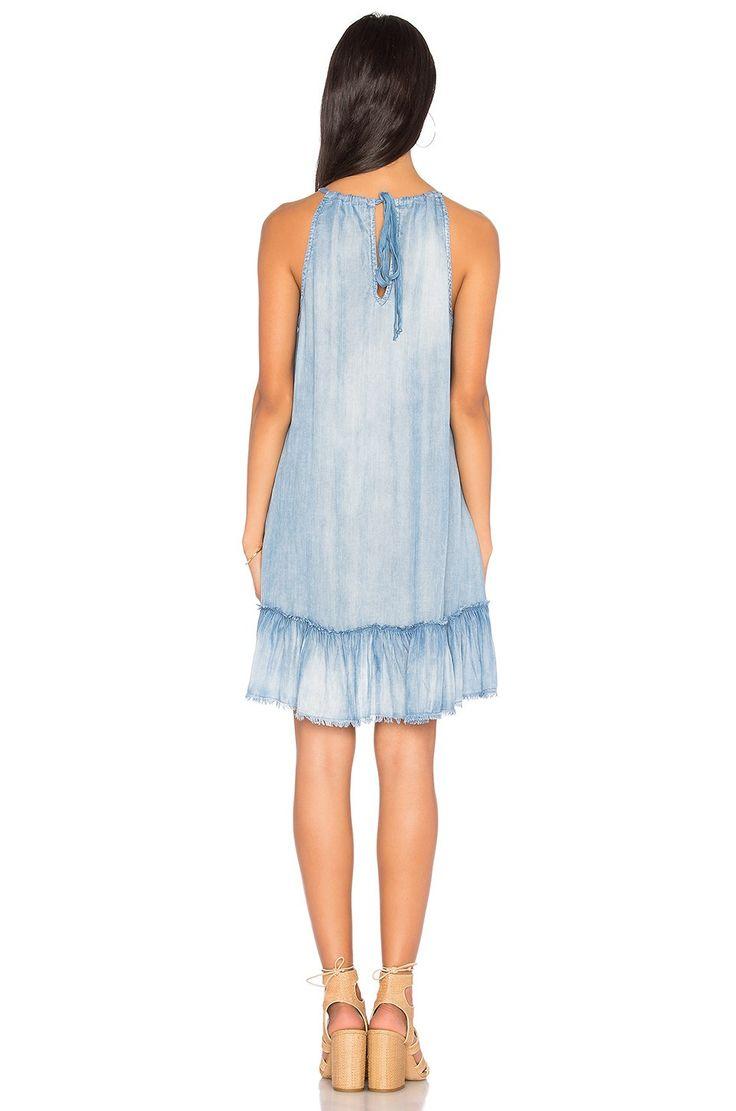 Bella Dahl Ruffle Halter Dress en Silver Rock Wash | REVOLVE