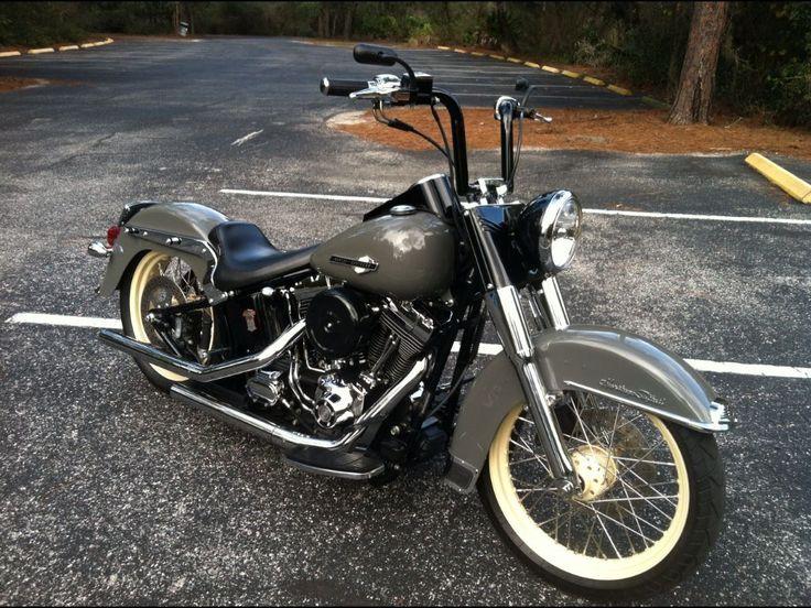 Harley-Davidson : Softail 2001 Harley Davidson Heritage Softail Classic Retro Look