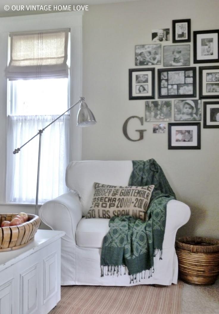 photo collage wallDesign Inspiration, Black Photos, Room Decor, Living Room, Photos Frames, Collage Wall, Photos Wall, Gallery Wall, Wall Ideas