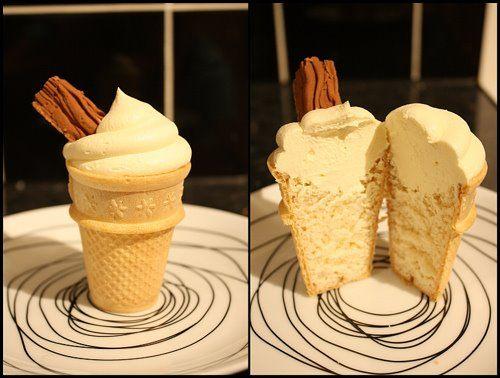 #Cupcakes alla #vaniglia a forma di gelato @guarnireipiatti
