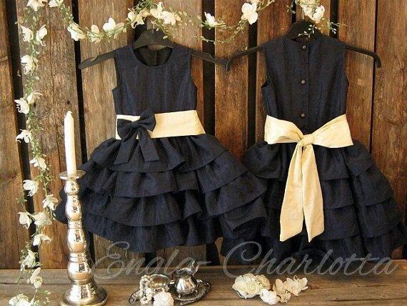 Navy blue flower girl dress. Nautical wedding. Ruffle flower girl dress by englaCharlottaShop, €45.00