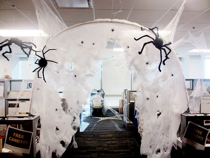 office halloween spider hole - Halloween Office Decoration