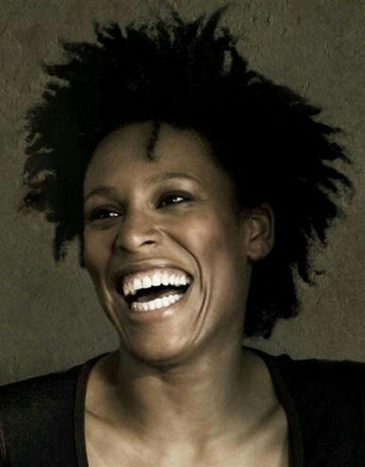 Sandra Nkaké chant NOTHING FOR GRANDED ( 2ÈME ALBUM SOLO) MANSAADI (1ER ALBUM)                                                                                                                    THE GRAND DAY OF QUINCY BROWN AVEC PUSH UP POWER TO THE PEOPLE AVEC JI MOB DIRECTOR'S CUT AVEC JI MOB EXPRESS WAY ALBUM DES TROUBLEMAKERS BANDE ORIGINALE DE 'FILLE PERDUE, CHEVEUX GRAS' DE CLAUDE DUTY