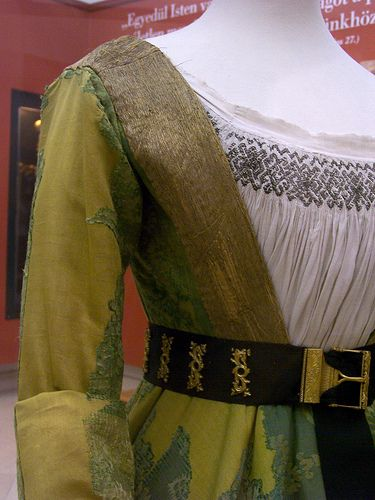 Mary of Burgundy's gown - front closeup | Flickr - Photo Sharing!