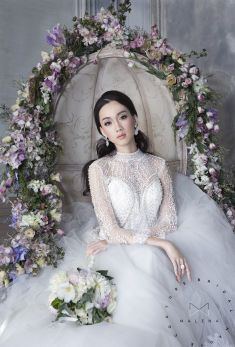 This is amazing! Head over to Malena Bridal Haute Couture where you can see more of their unique works http://www.bridestory.com/malena-bridal-haute-couture/projects/official-photo-shoot