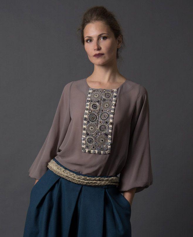Шелковая блуза, классическая модель