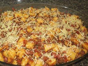 Aprenda a preparar a receita de Nhoque de batata baroa à bolonhesa