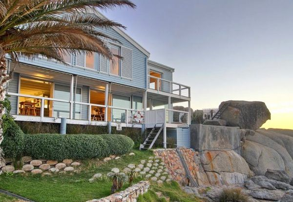 Beach Cottage in Bakoven, Camps Bay