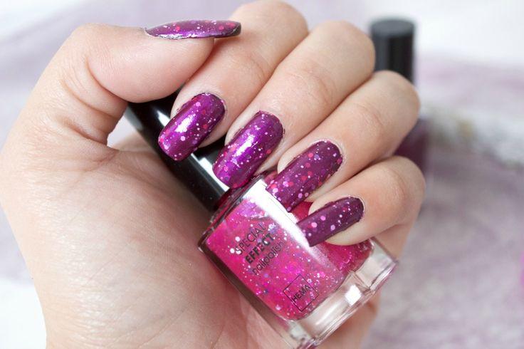 Zijn jouw nagels al kerstproof? Op onze blog laat Kaya zien hoe jij van je simpele nagellak een feestnagellak maakt