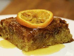 Ako ne želite klasičnu baklavu sa korama da pravite a želeli biste nešto sa orasima i veoma slatko onda je ova baklava bez kora ili kolač sa orasima i