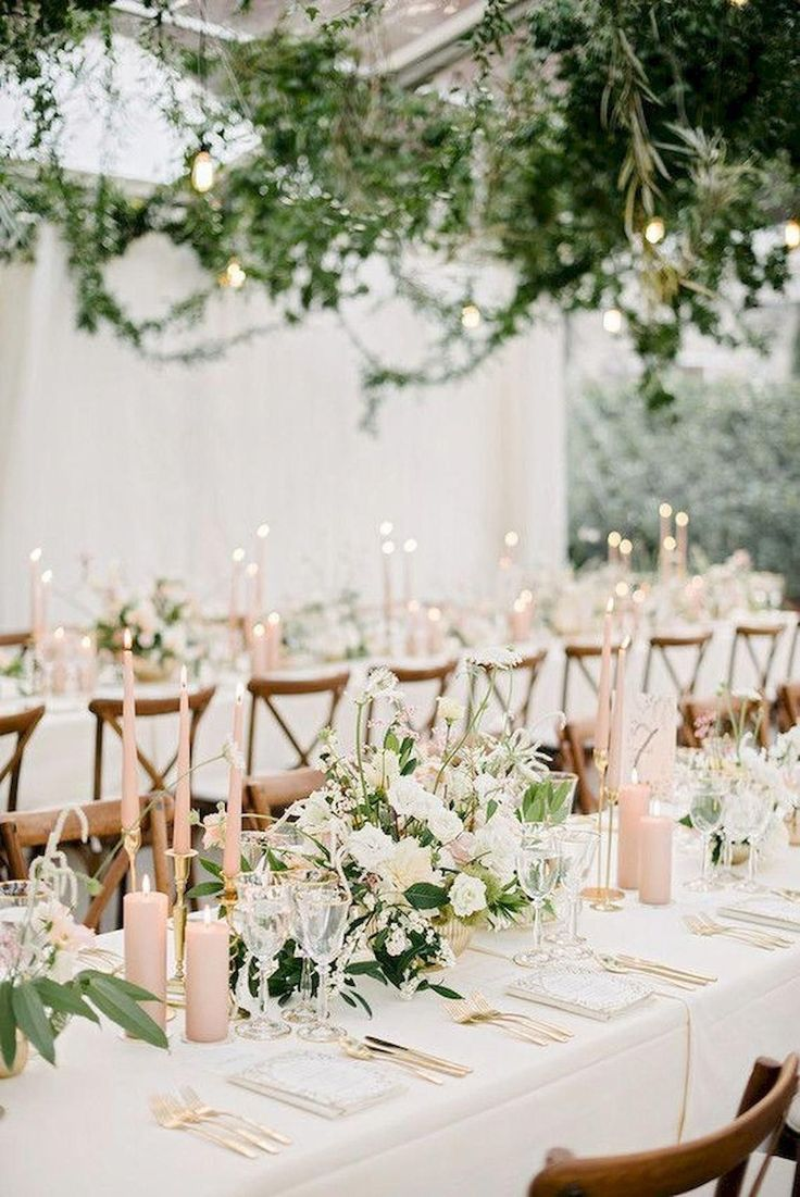 romantic blush and ivory spring and summer wedding table setting ideas