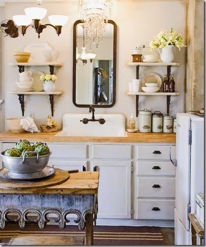 White Kitchen Vintage
