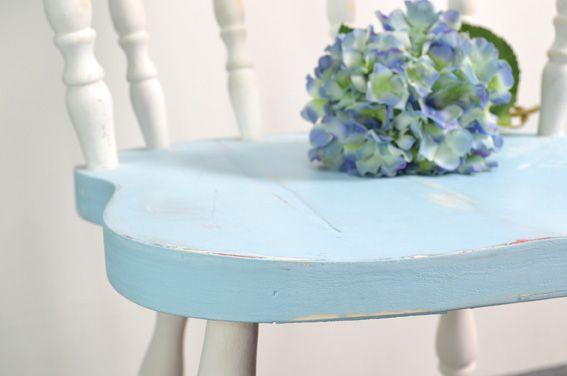 Chalky-väreillä voit uudistaa jopa vanhoja huonekaluja! Tarvikkeet ja ideat Sinellistä!
