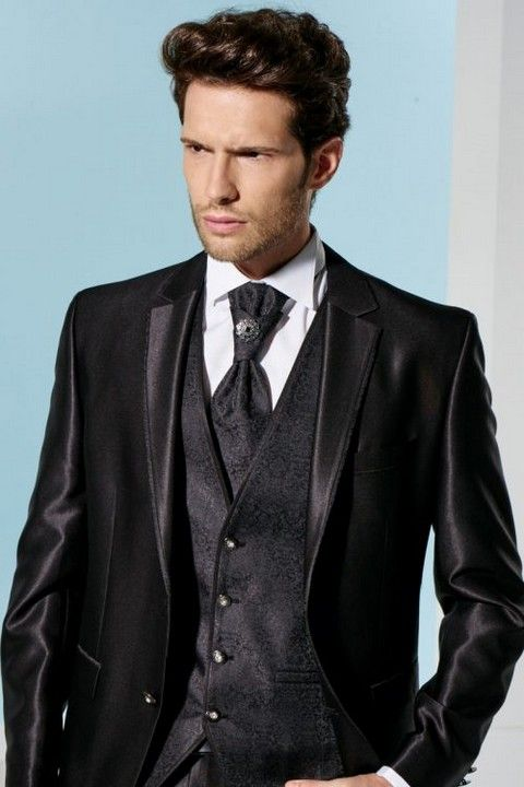 m60-luxusny-pansky-oblek-svadobny-salon-valery