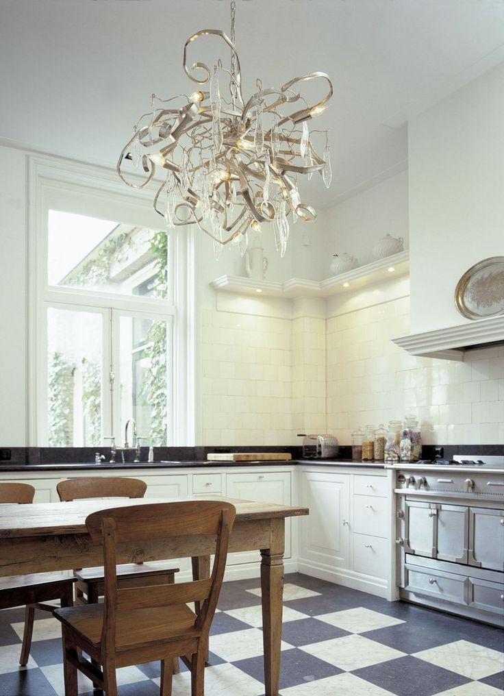 25 beste idee n over glazen kroonluchter op pinterest hanglampen - Decoratie eetzaal ...