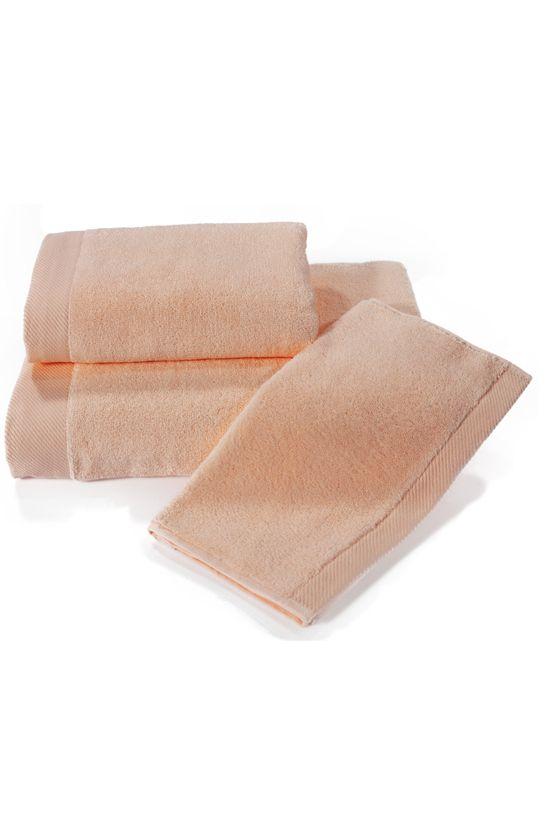 Frotte ręcznik MICRO COTTON  z mikrobawełny jest gwarancją najwyższej jakości. Włókna mają wyższą chłonność i nie tracą koloru.