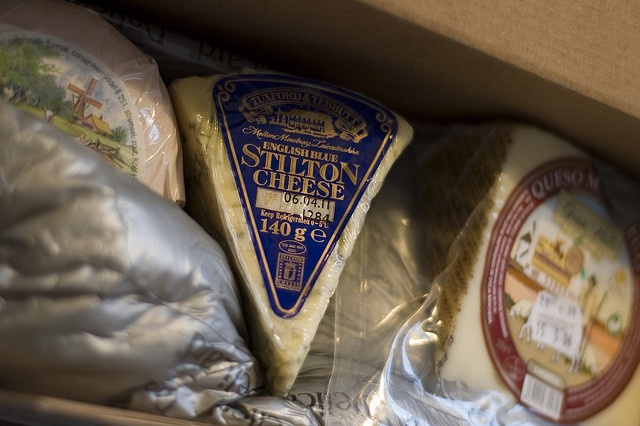 A little xmas gift that's arrived: a Dutch goat-cheese, Stilton and Manchego.     Do you think that the fat in Dairy products are bad for you? You've been told that dairy fat from butter and cream CLOGS your arteries… WRONG! Dairy Fat Found to PREVENT Artery Clogging (study results) ... wp.me/P2U8xI-aq: Dairy Products, Excess Abdominal, Dutch Goat Cheese, Xmas Gifts, Abdominal Fat
