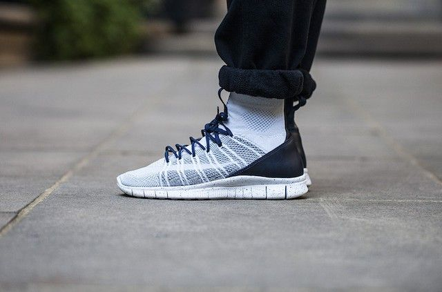 Nike Free Rn Flyknit On Foot