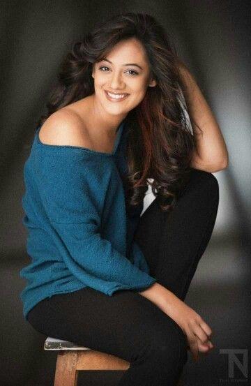 Spruha Joshi Marathi Actress Marathi Katta In 2019 Pinterest