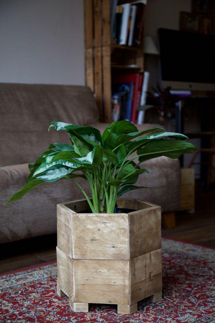 M s de 25 ideas incre bles sobre jardinera de madera en - Jardineras de madera caseras ...