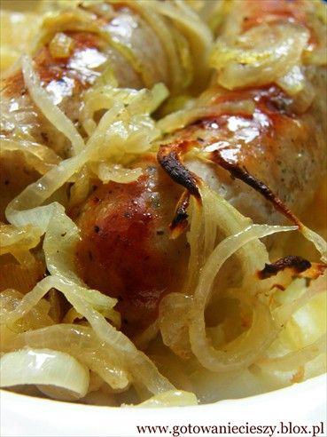 Biała kiełbasa pieczona z cebulą: Polish Descent, Food Polish Stuff, Polish Cuisine, Polish Food Must, Recipe Polish, Polish Kitchens, Polish Recipe, Polish Foods Recipe, Polish Heritage