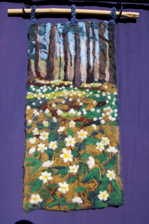 Needle felting wallhanging Vitsippor anemona by Birgitta Bower of WildandWoolyWorld on Etsy