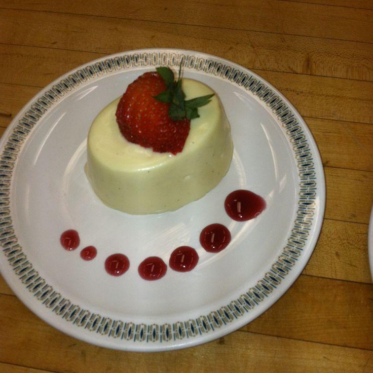 Bavarian cream with strawberry fan 231 plated dessert