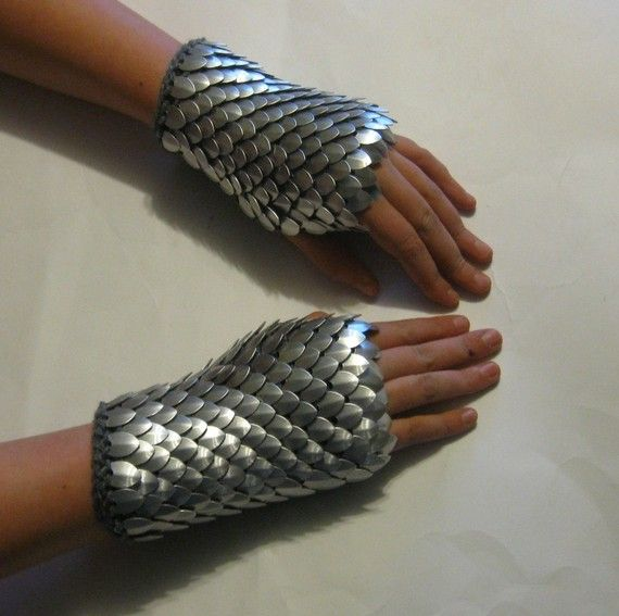 Scalemail Gauntlets Knight in Shining Armor by Crystalsidyll, $55.00