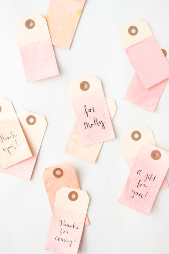 5 Minute DIY to Try: Easy Dip Dyed Gift Tags