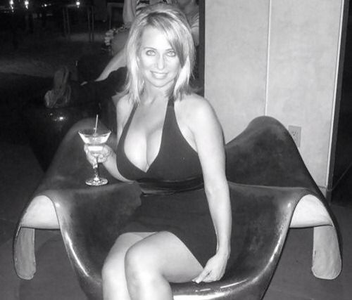 Cougar Parties Cougars Dating - 17 Great Bars and Spots To ...