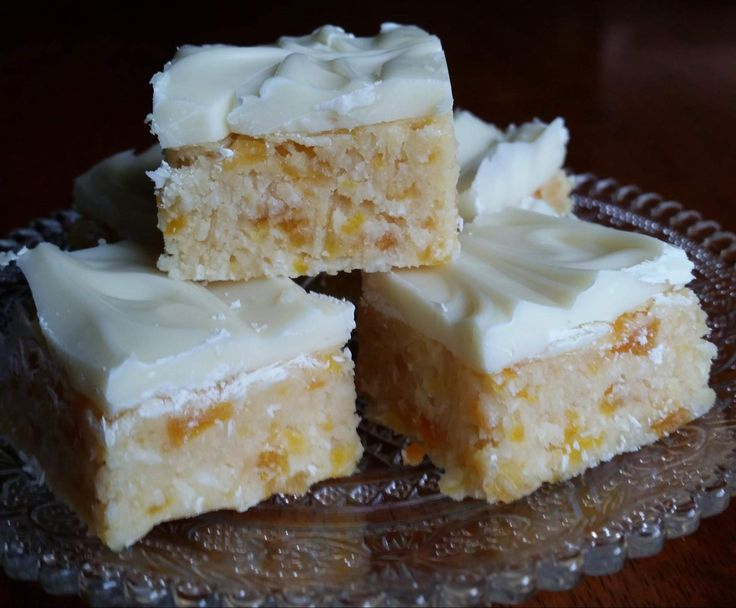 Recipe Apricot & Coconut Slice by Deb Farrimond - Recipe of category Desserts & sweets